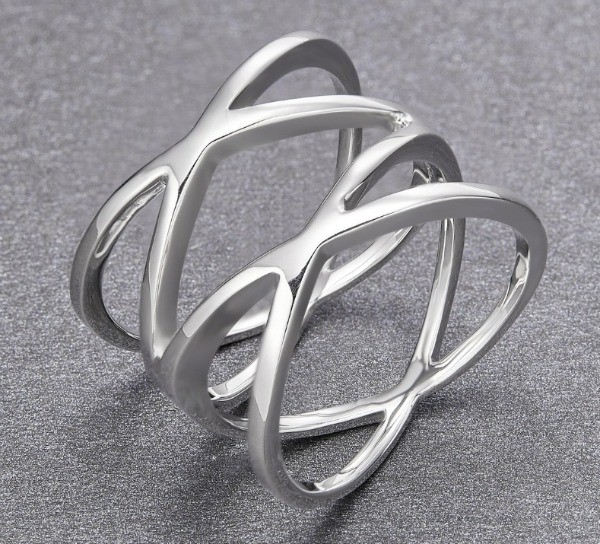 Find U Rings Unique Sterling Silver Criss Cross Ring